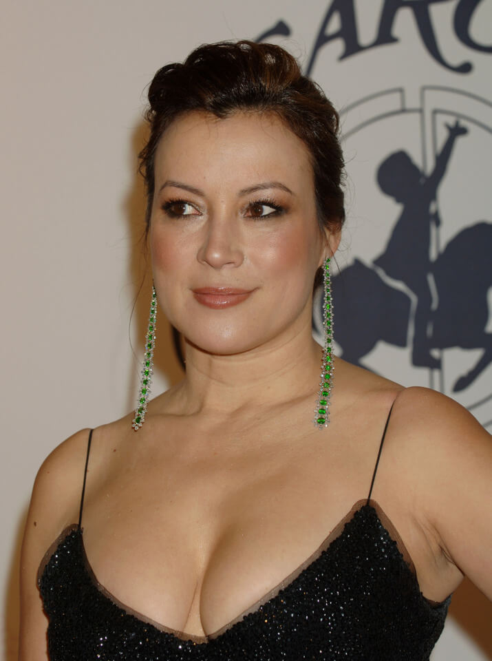 Jennifer Tilly cleavage pics