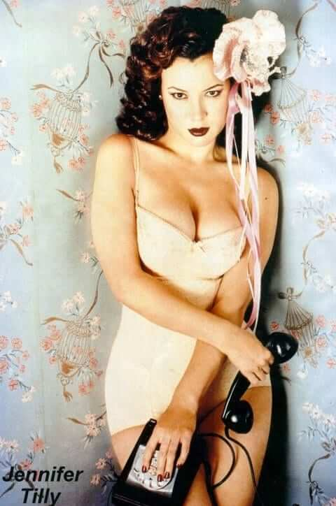 Jennifer Tilly cleavage pictures