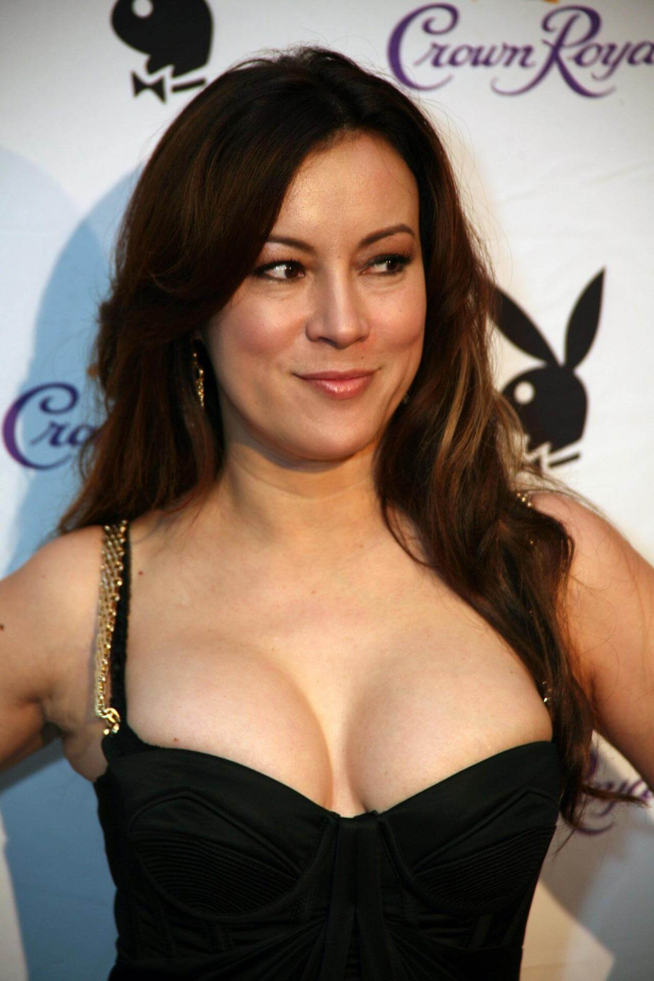 Jennifer Tilly hot cleavage
