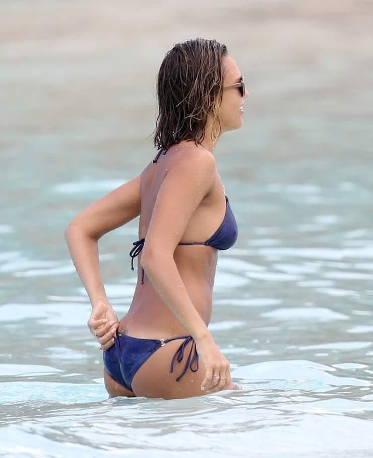 Jessica Alba hot bikini pics (2)