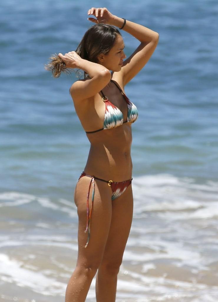 Jessica Alba sexy bikini