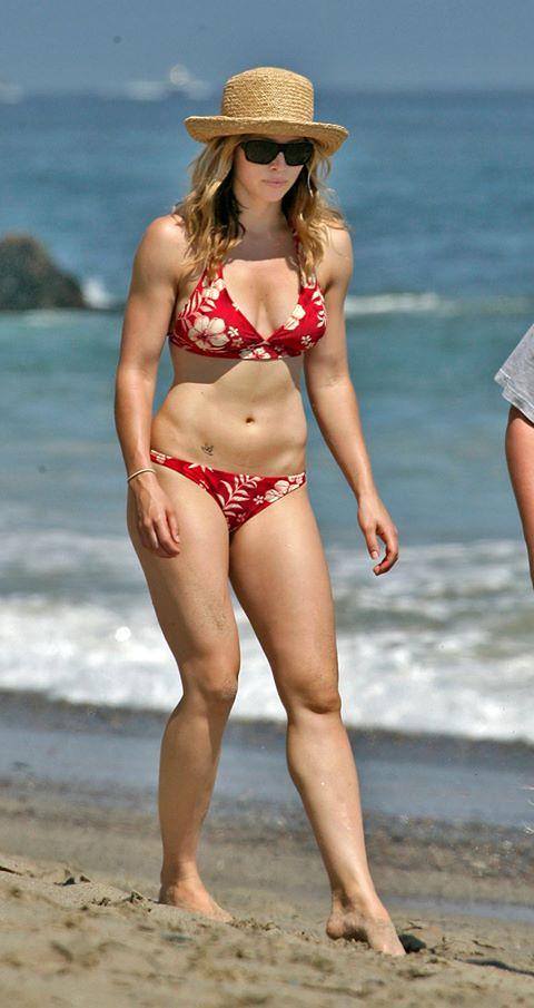Jessica Biel hot lingerie pics