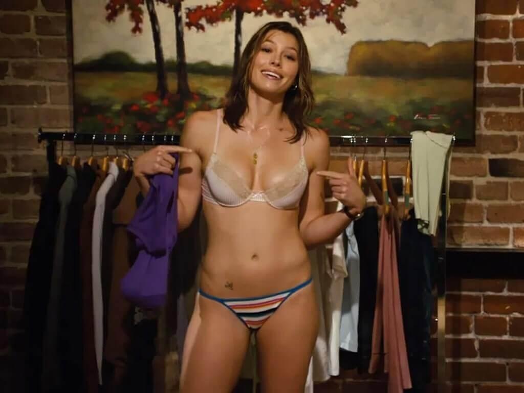 Jessica Biel sexy lingerie pics