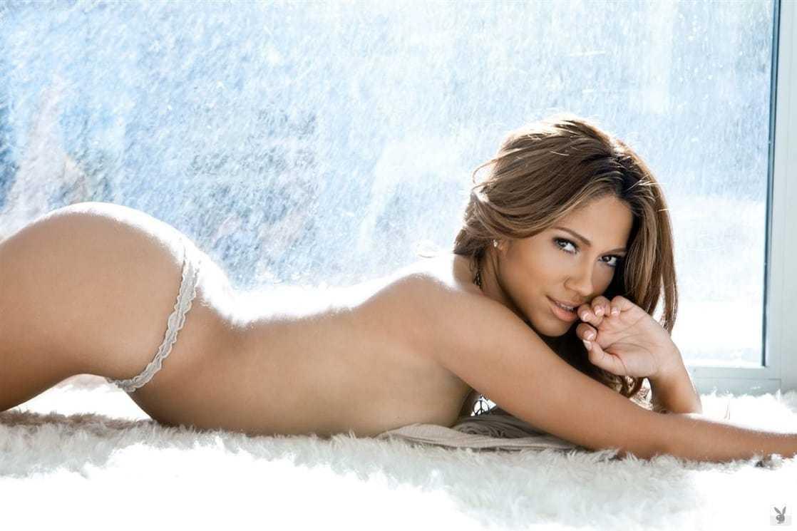 Jessica Burciaga booty