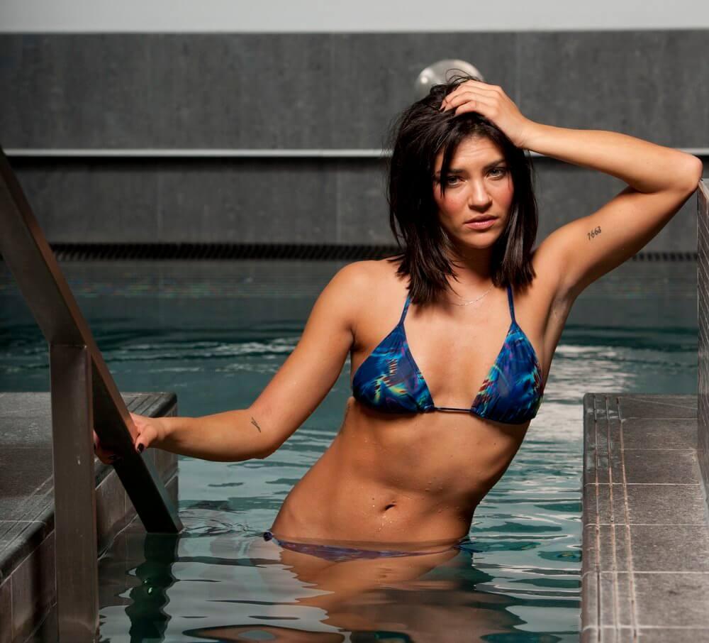 Jessica Szohr sexy bikini pic