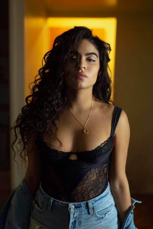 Jessie Reyez sexy boobs