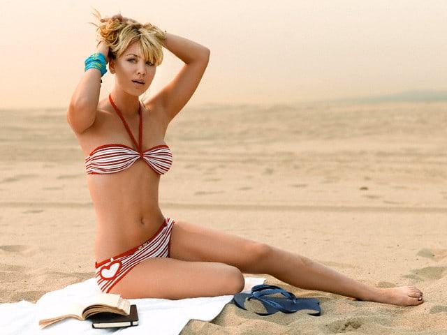 Kaley Cuoco sexy bikini picture