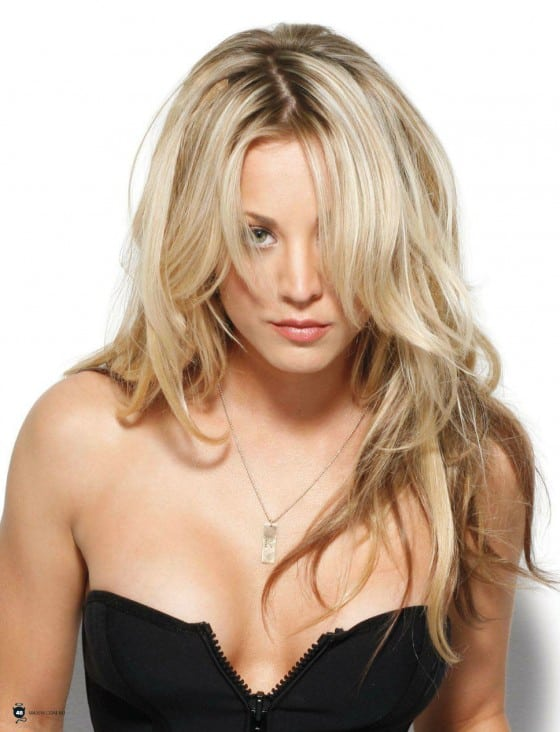 Kaley Cuoco sexy boobs pictures