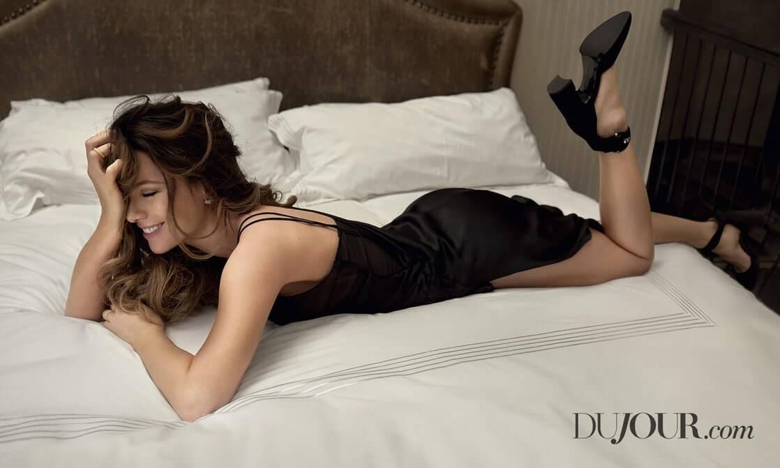 Kate Beckinsale hot butt