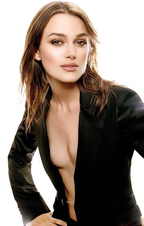 Kiera Knightley hot cleavage