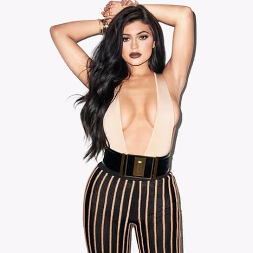 Kylie Jenner boobs pics