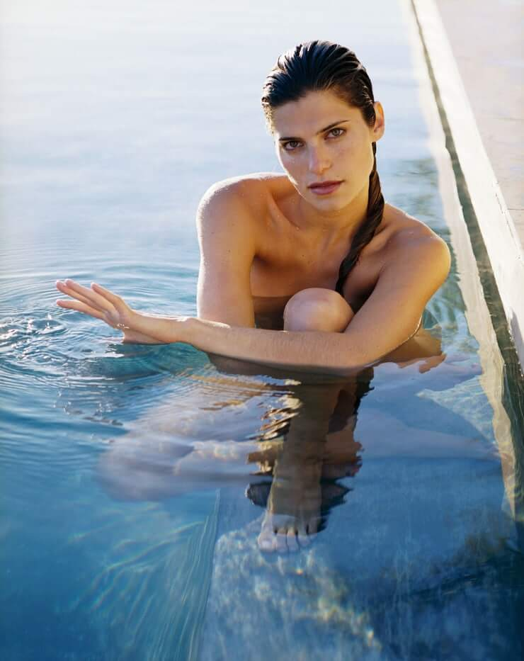 Lake Bell hot wet pic