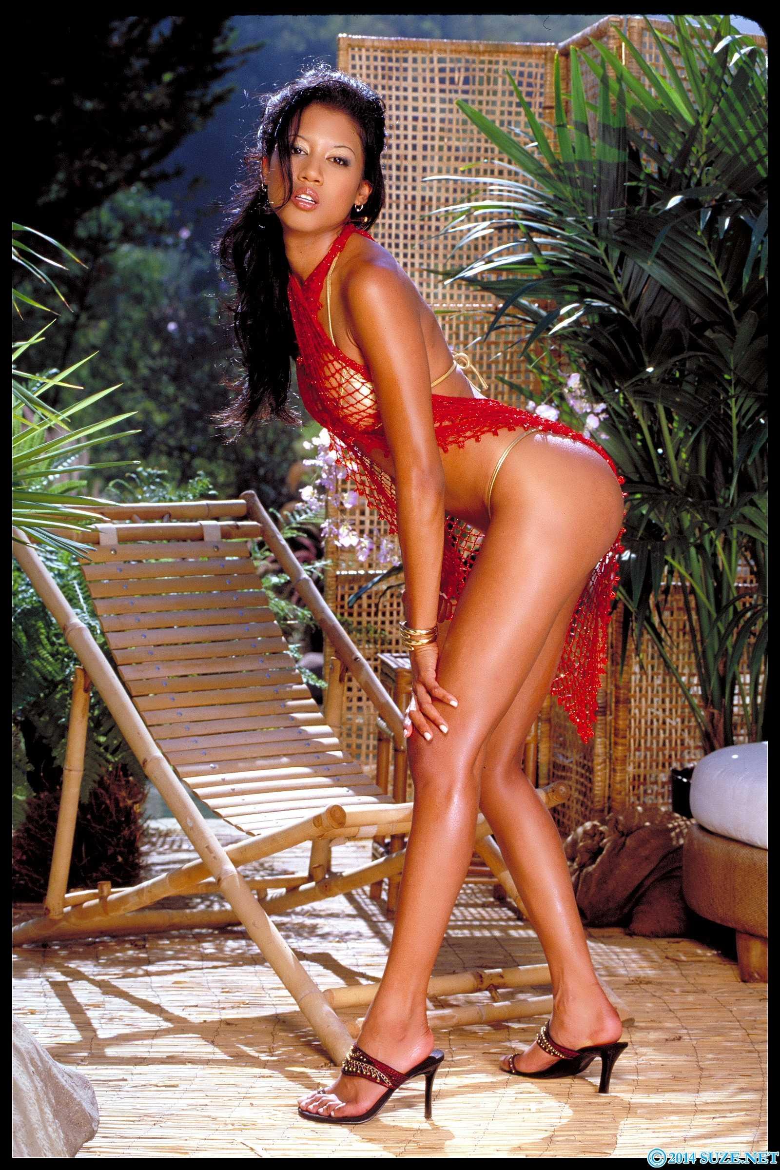 Lily Thai sexy ass