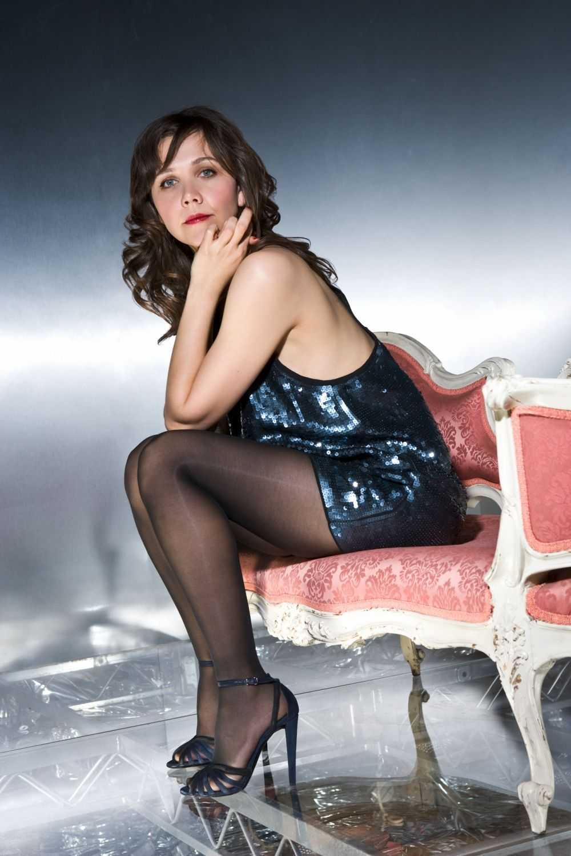Maggie Gyllenhaal feet high heels