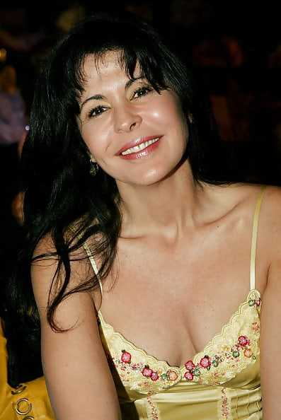 María Conchita Alonso sexy pics