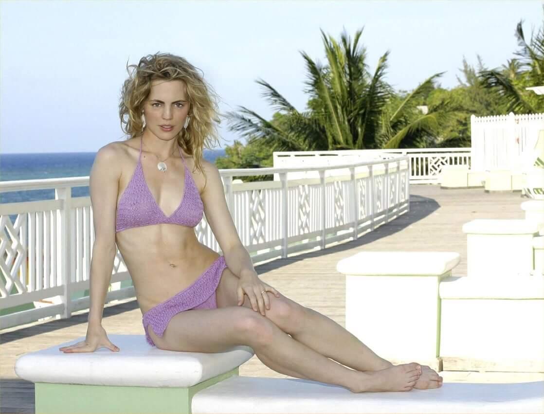 Melissa George bikini