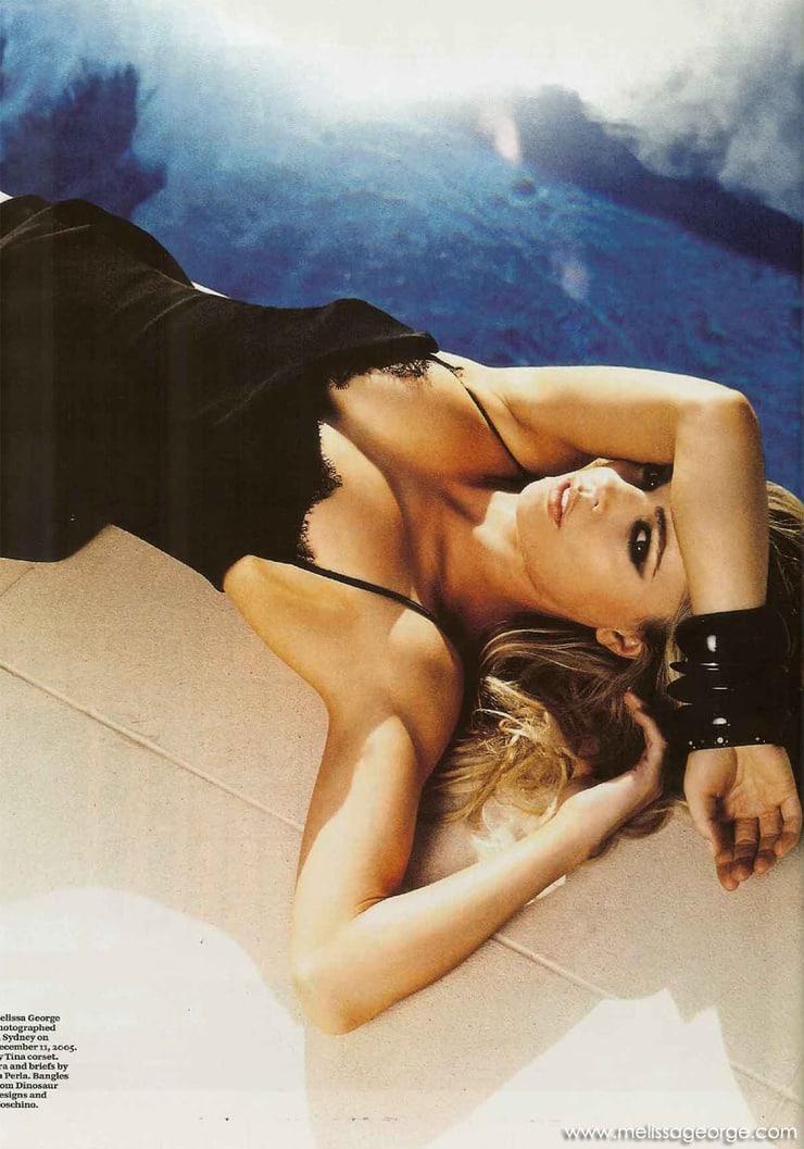 Melissa George hot cleavage