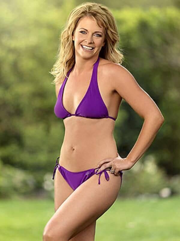 Melissa Joan Hart bikini pictures