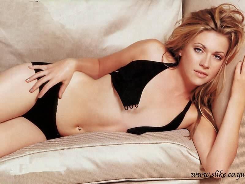 Melissa Joan Hart sexy look