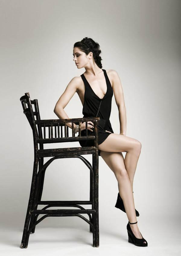 Michelle Borth hot legs pic