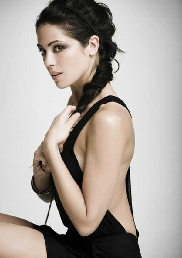 Michelle Borth sexy pic