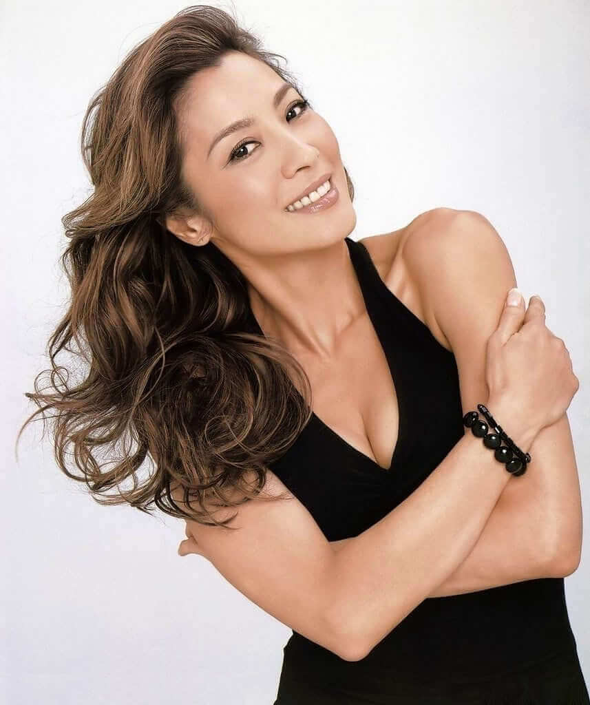 Michelle Yeoh sexy pic
