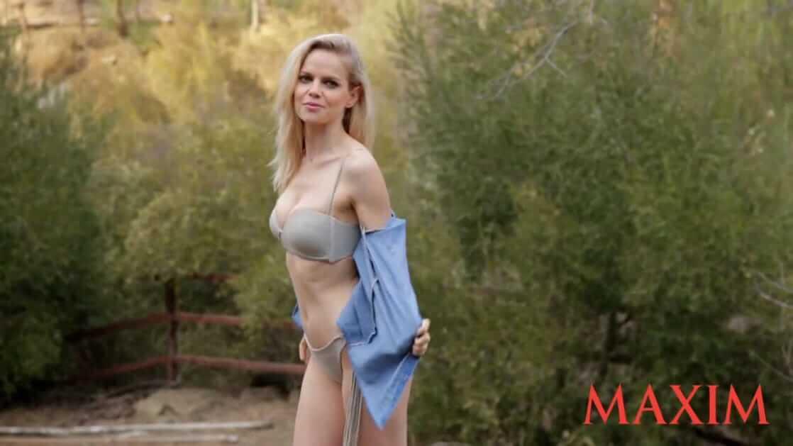 Mircea Monroe sexy pic