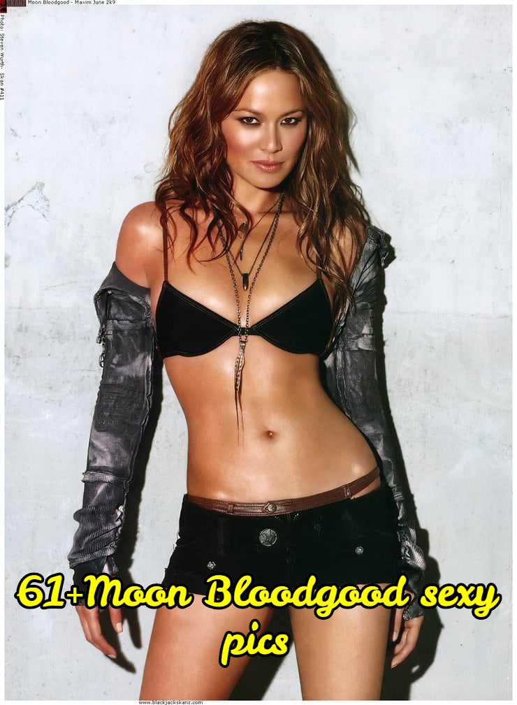 Moon Bloodgood cleavage