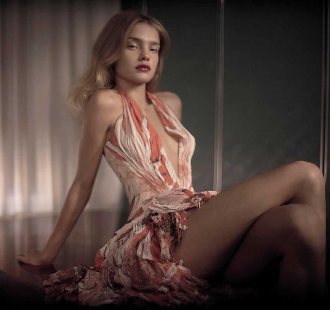 Natalia Vodianova hot thighs
