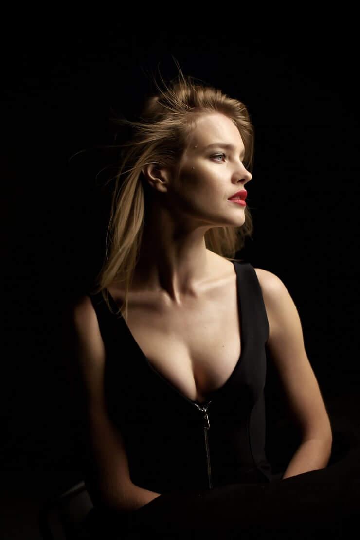 Natalia Vodianova sexy cleavage