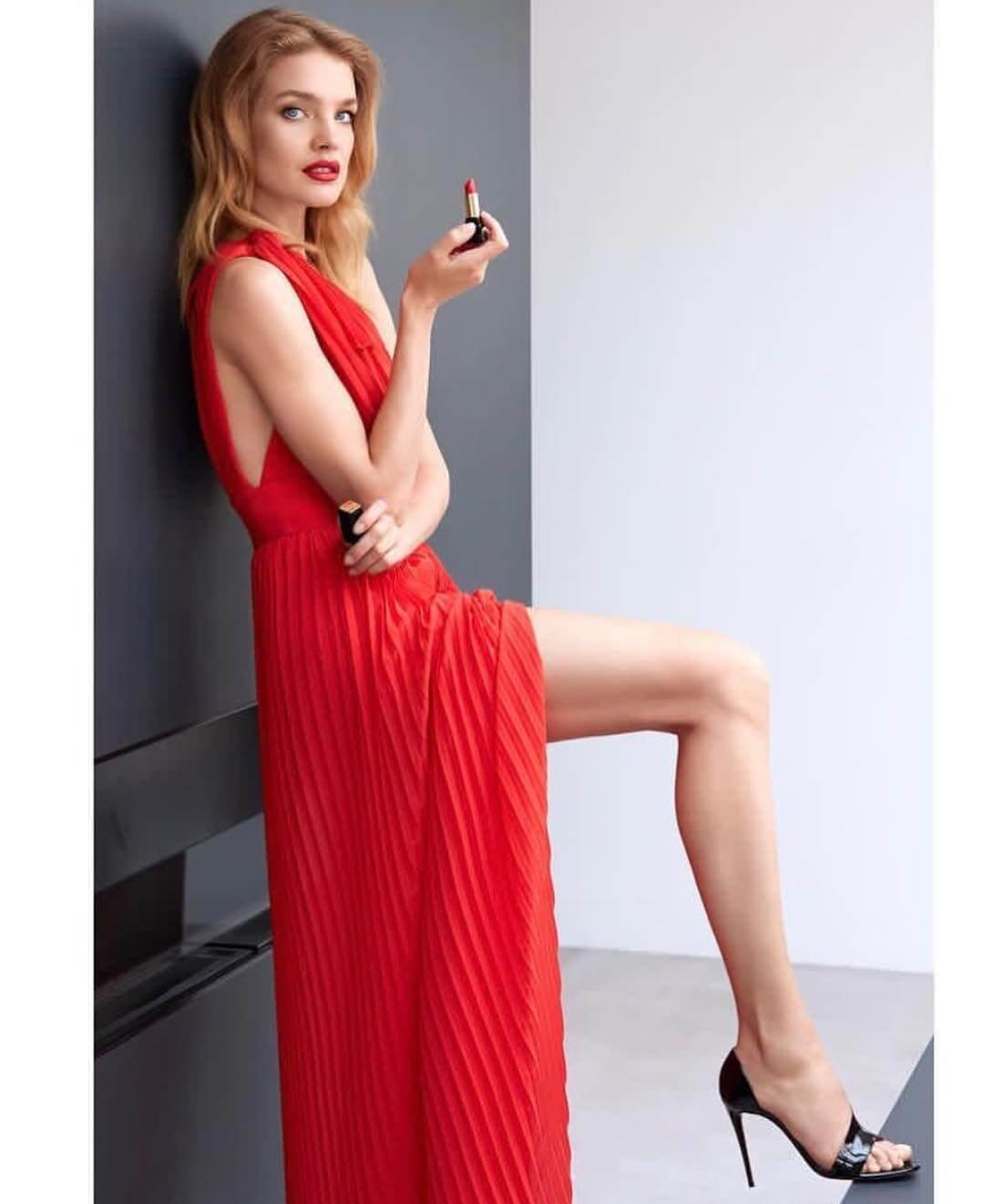Natalia Vodianova sexy feet