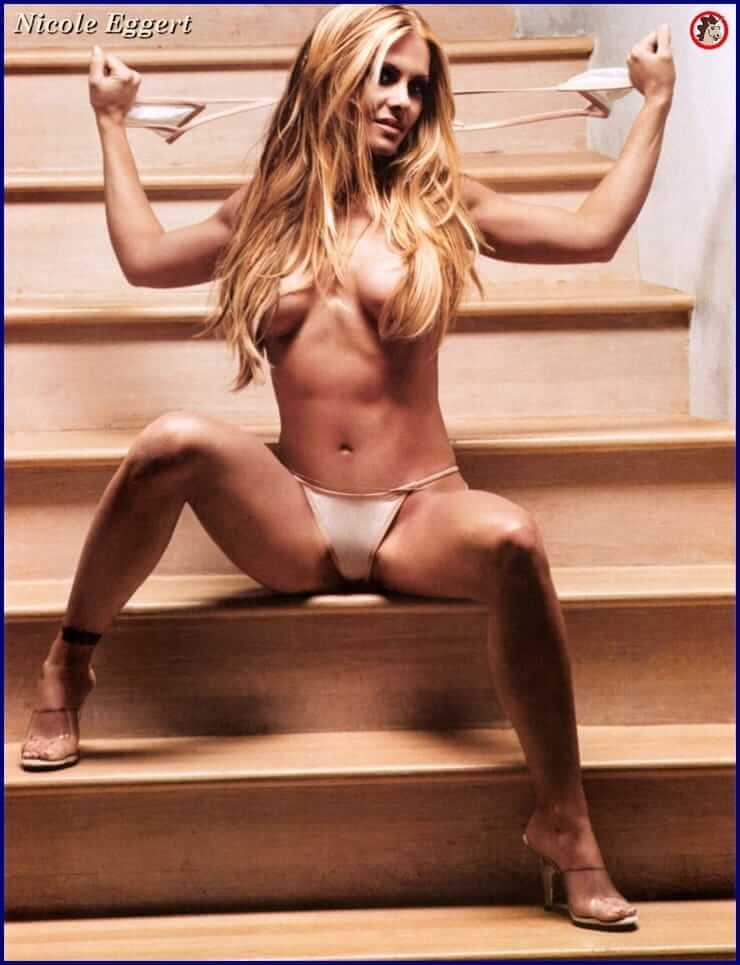 Nicole Eggert hot topless pic