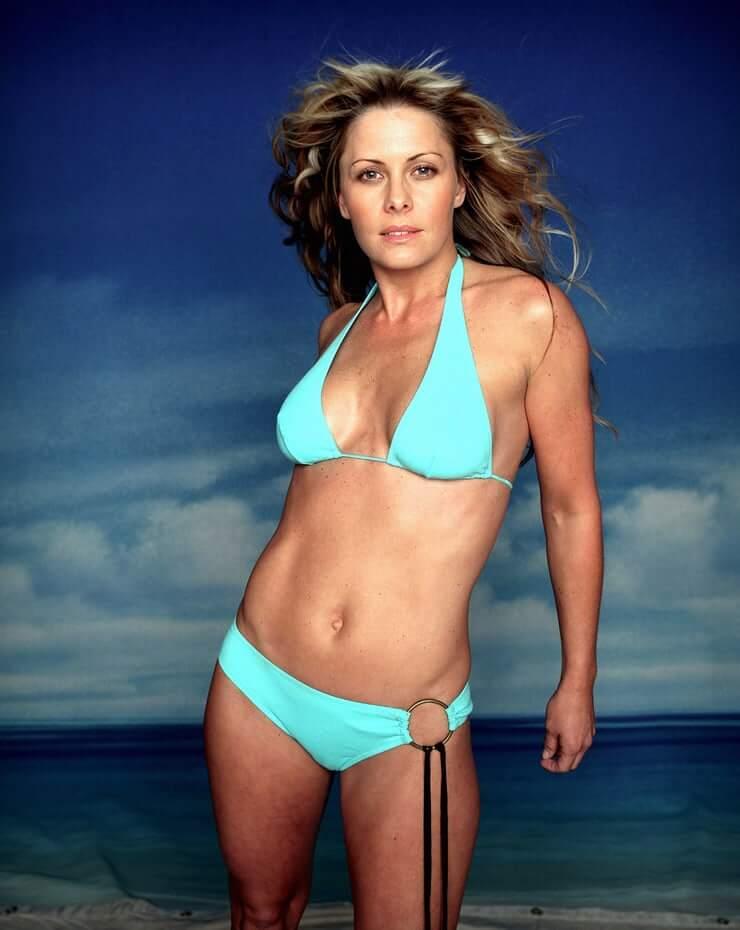 Nicole Eggert sexy (2)