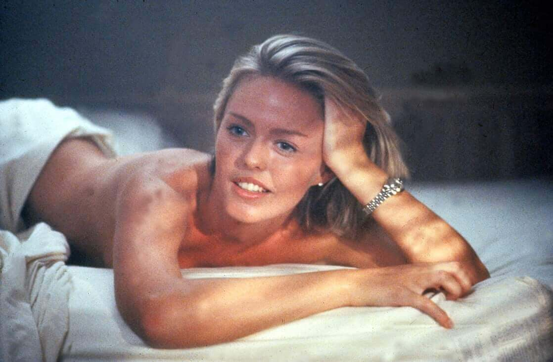 Patsy Kensit near-nude pictures