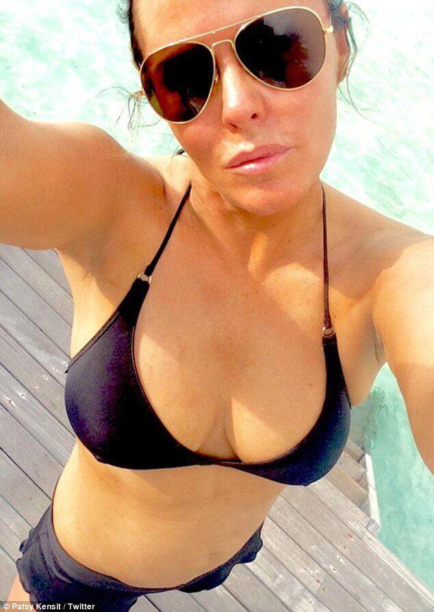 Patsy Kensit sexy bikini pic