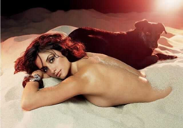 Penélope Cruz nude