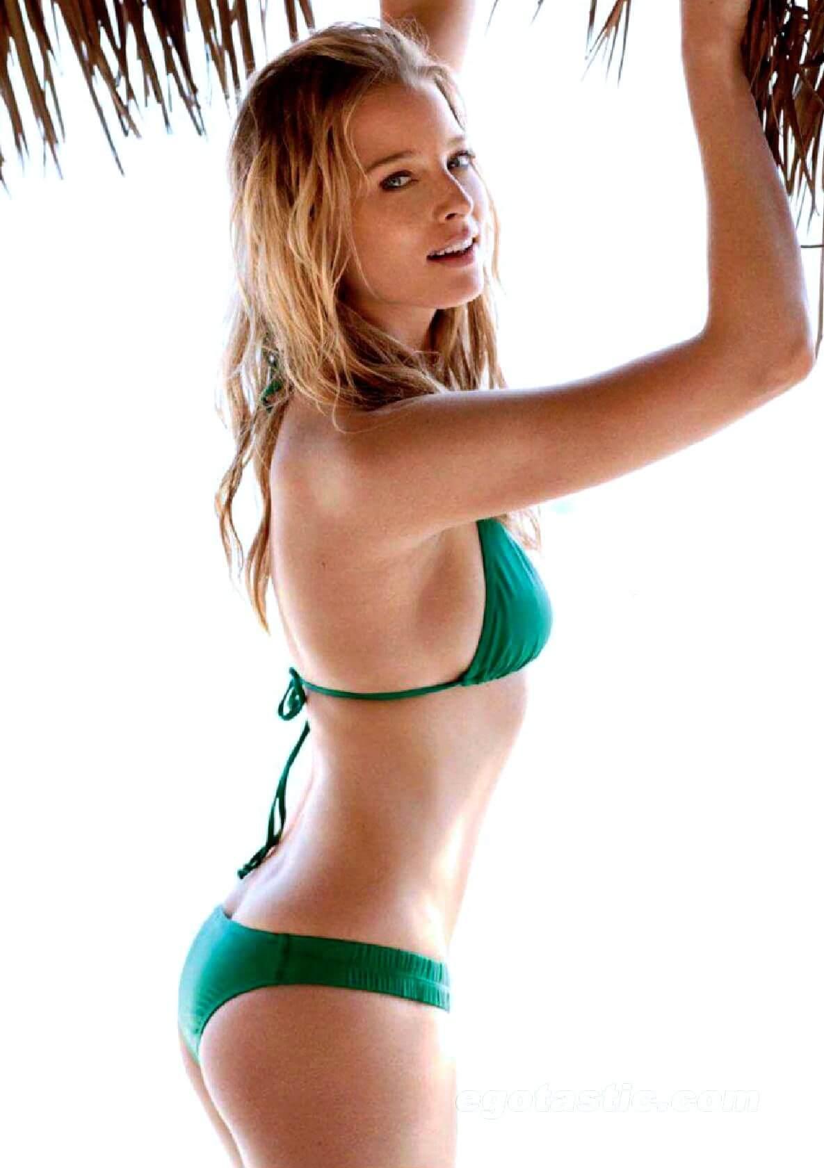 Rachel Nichols hot