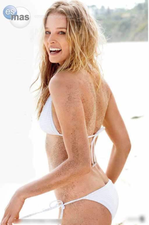 Rachel Nichols sexy butt