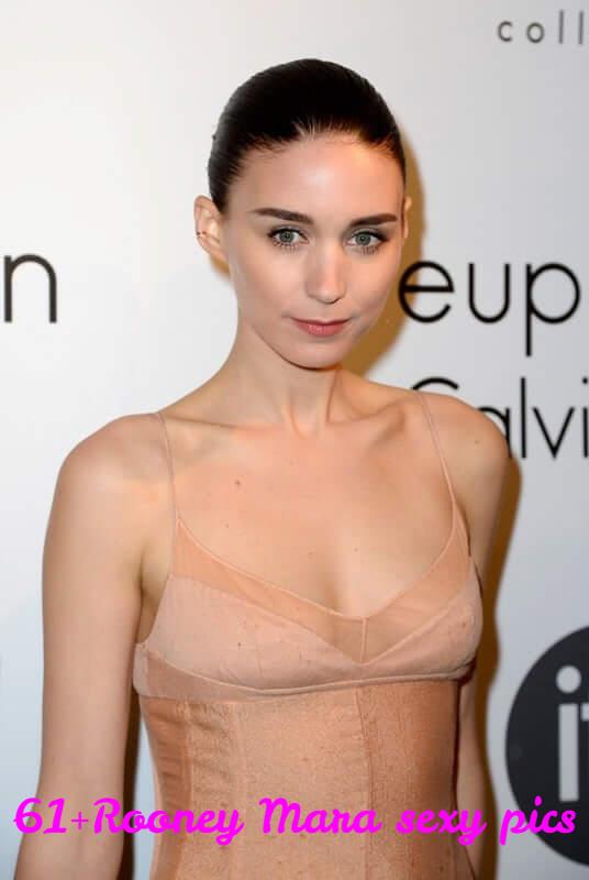 Rooney Mara hot cleavage (2) (1)