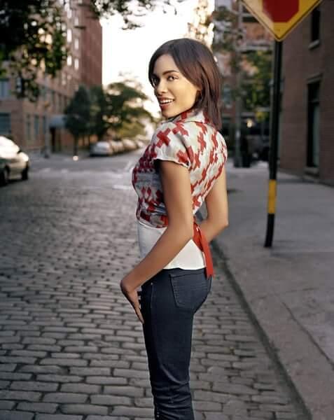 Rosario Dawson hot ass pic