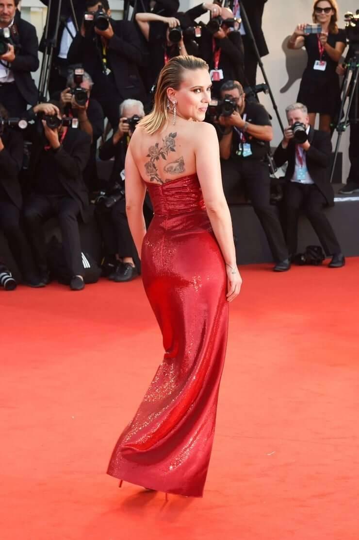 Scarlett Johansson hot pics (2)