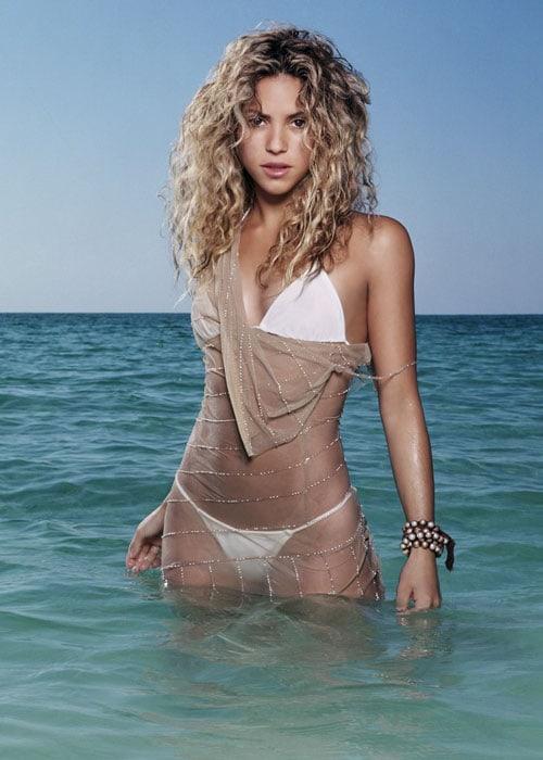 Shakira hot bikini pic