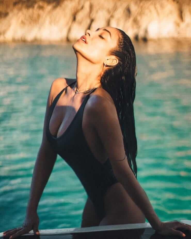 Shay Mitchell sexy busty pics