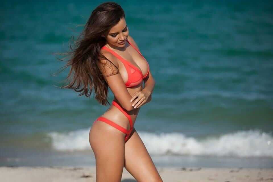 Shelby Chesnes hot pictures (2)