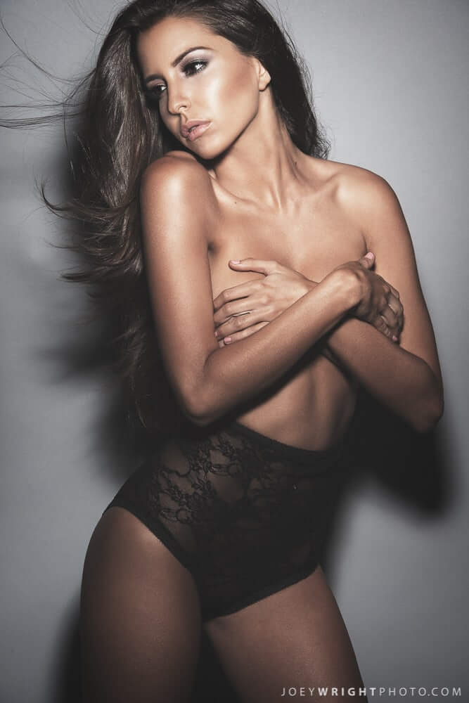 Shelby Chesnes hot topless pic