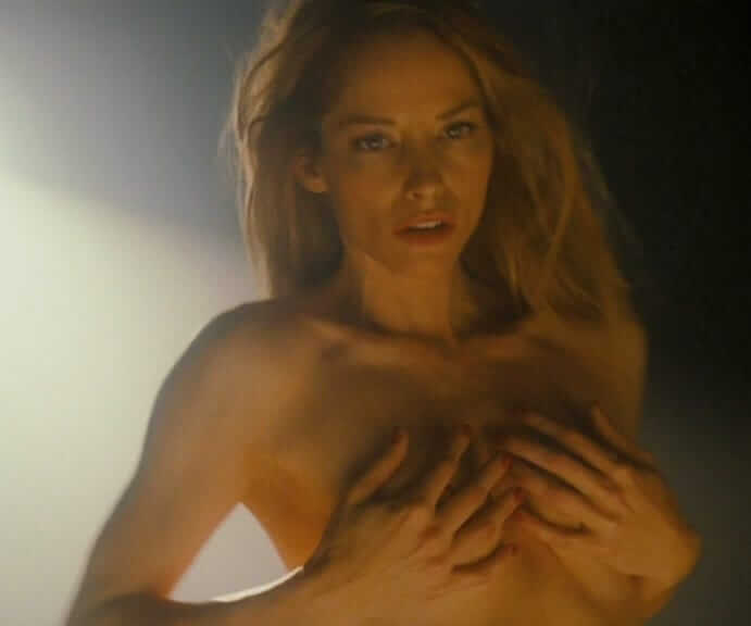 Sienna Guillory cleavage pic