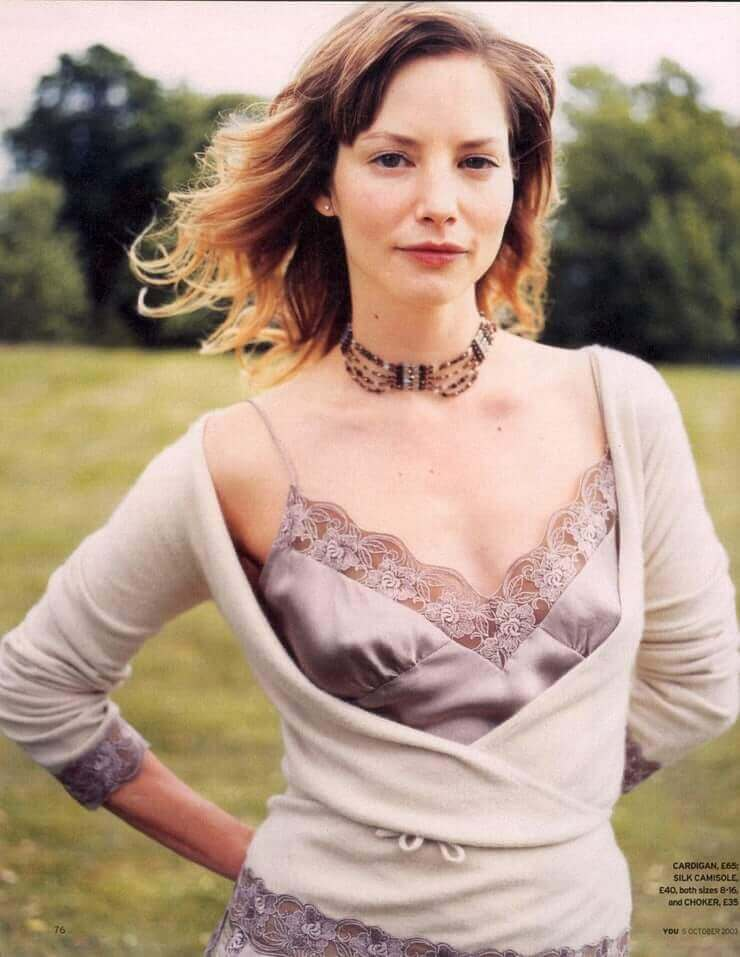 Sienna Guillory cleavage pictures