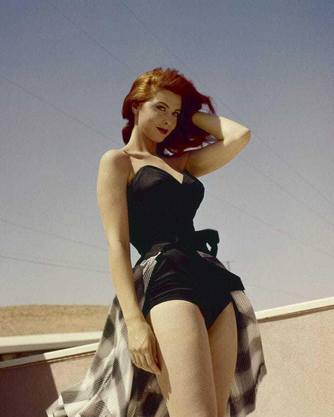 Tina Louise hot pics