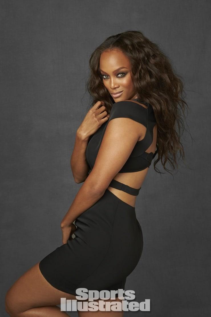 Tyra Banks hot ass