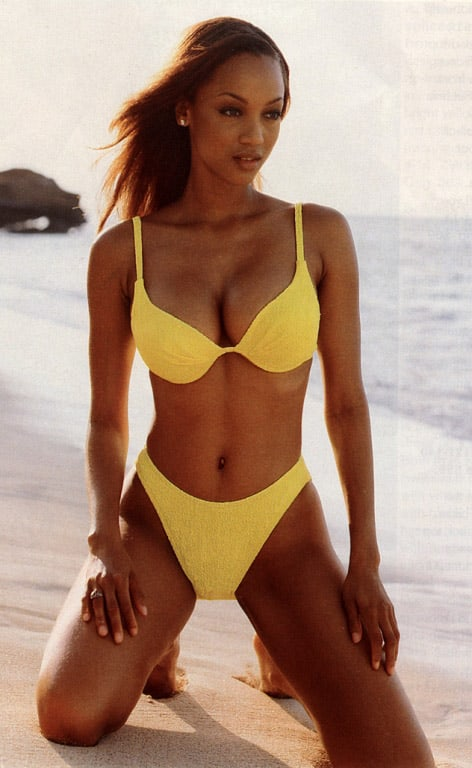Tyra Banks sexy boobs pics
